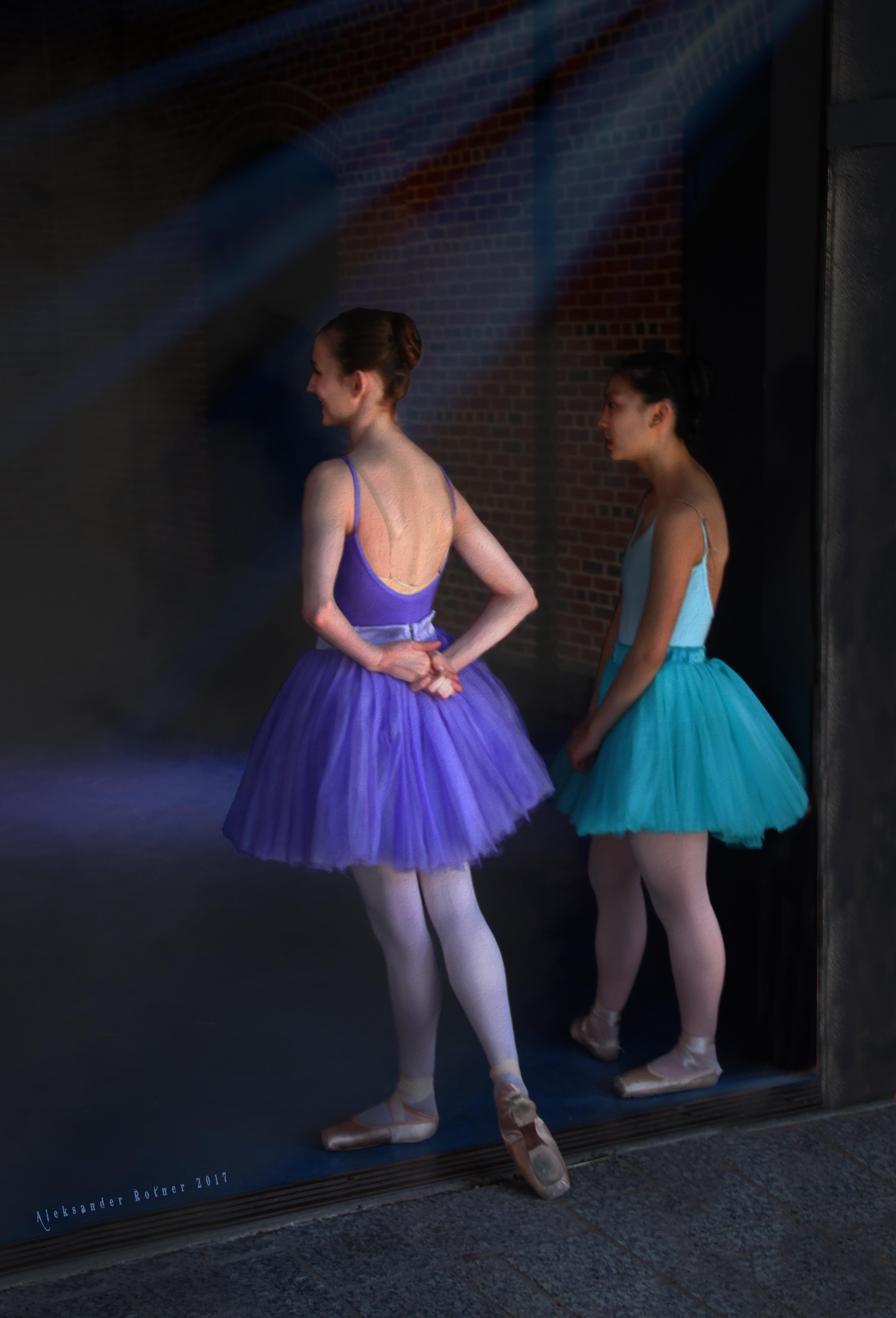 Aspiring ballerinas
