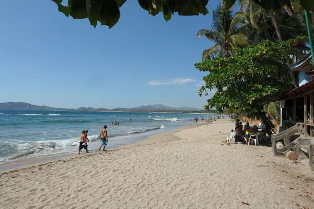 playa_tamarindo_beach_picture_106b