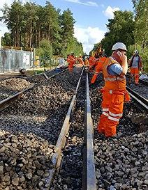 glenelly_rail_2.jpg