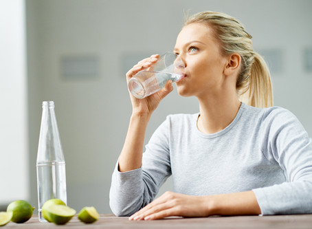 HOW TO DRINK WATER: MYTHS AND FACTS