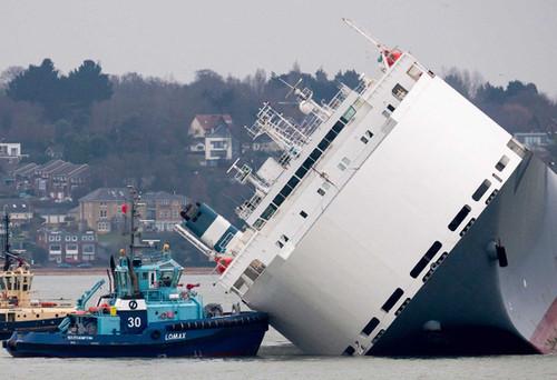 grounded-ship.jpg