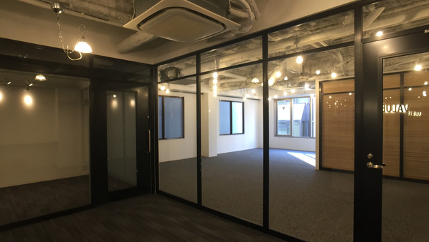 バリュートレード 新オフィス/ New office of VALUE TRADE