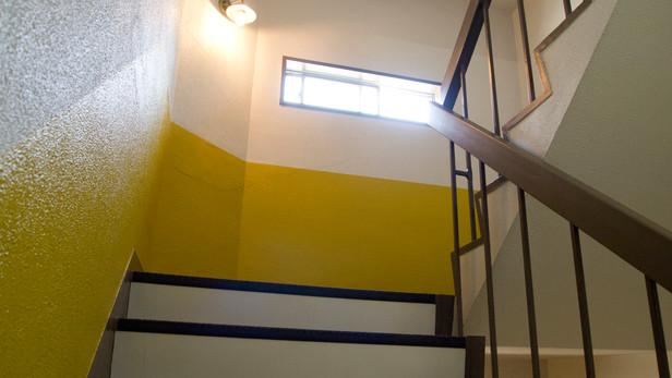 平井の共同住宅 共用部改修/ Common Space Renovation of Apartment in Hirai
