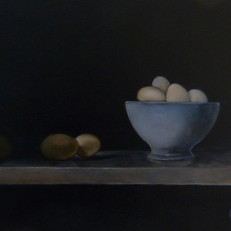 Blauwe kom met eieren