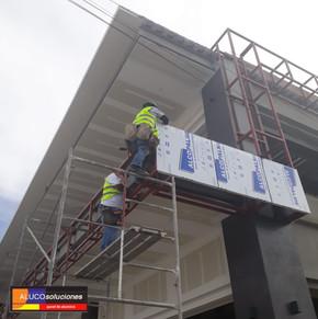 Instalación de Panel de Aluminio