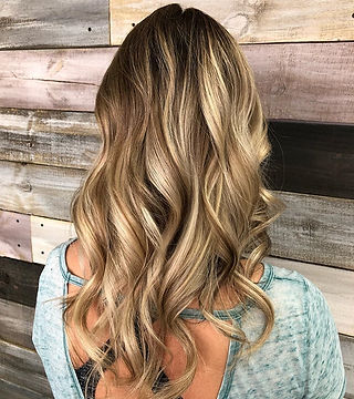 Balayage for this babe!  Hair by _jenbrowndoeshair ._._._._._._.jpg