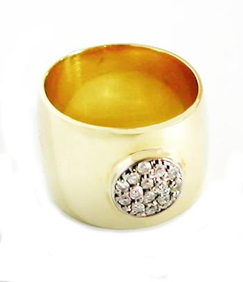 Screen Sho18kt ellow Gold & White Gold & Diamond Bezel