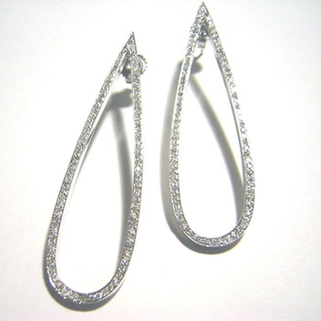 "3"" White Gold Diamond Tear Drop"
