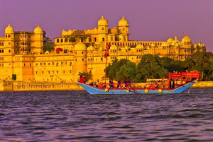 Top Tourist Attractions in Udaipur -known as the City of Lakes.