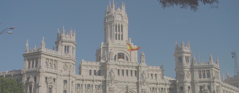 Palacio_de_Comunicaciones,_sede_del_Ayuntamiento_de_Madrid_edited