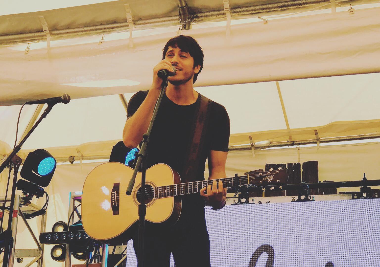 Warner Nashville CMA 2017 w/ Morgan Evans