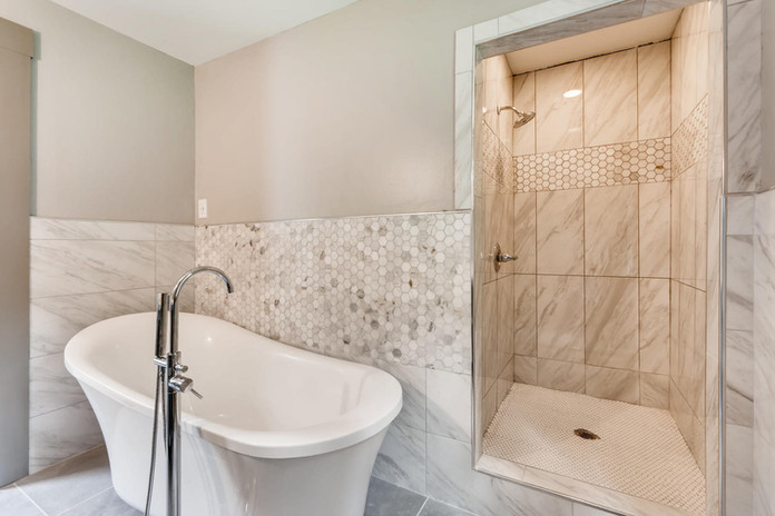 Master Bath with Free Standing Tub