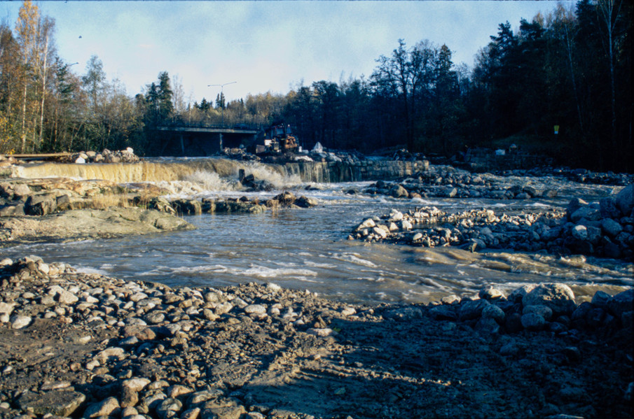 Kunnostus 1998