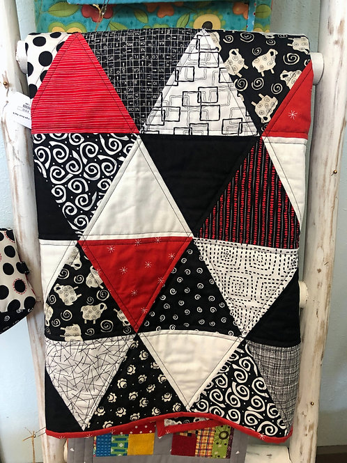 Black & White Triangle Quilt