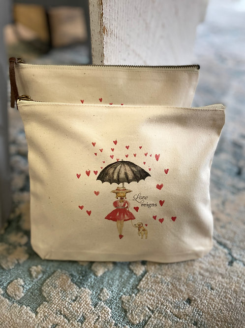 Love Reigns Pouch