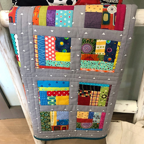 Bright And Happy Quilt - 30x30