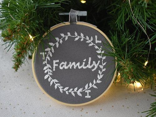 Family Wreath Christmas Decoration