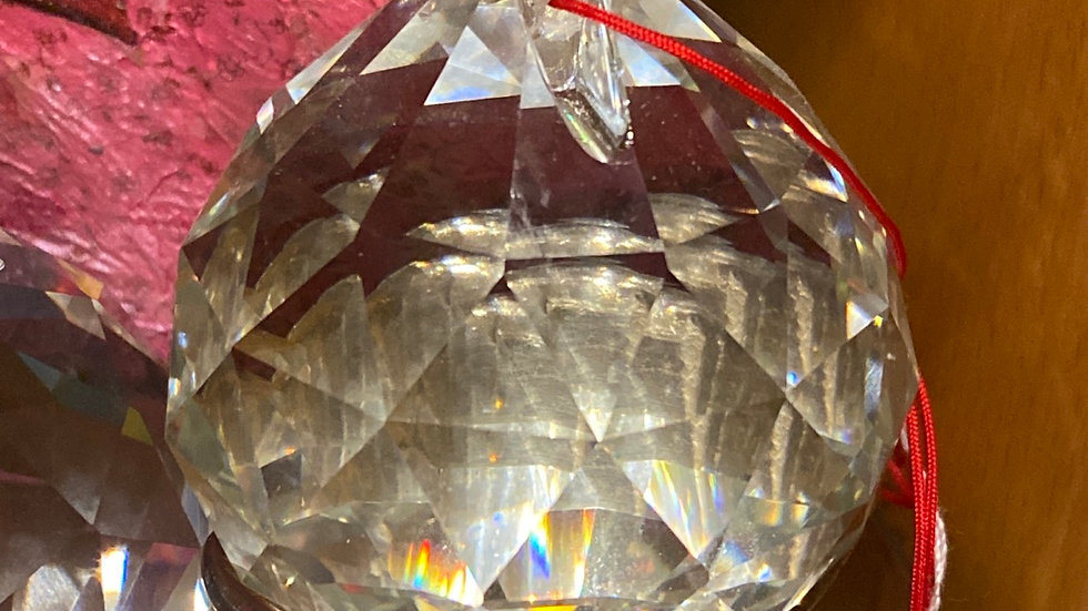 giant facet cristal for healing