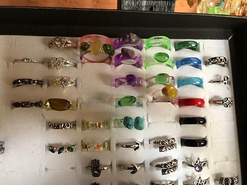 Ringetjes met steen in leuke kleuren