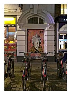 Queen Graphic Art - London