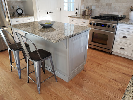 How Much Does It Cost To Paint Kitchen Cabinets In East Hampton, Connecticut?