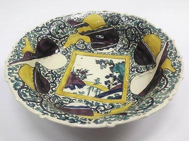 「『色絵橋人物図鉢』の模写鉢」_Φ37㎝ 高さ9㎝_大学の資料館に収蔵されている