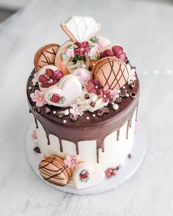 Chocolate bridal drip cake