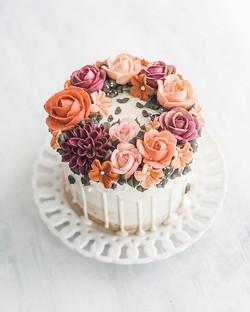 Fall bridal drip cake