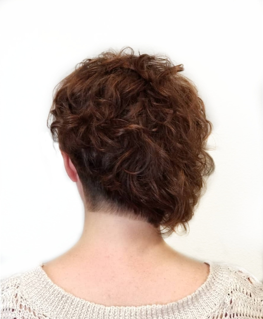Asymmetric SHort Curly Haircut