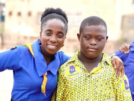 Danske spejdere rækker ud til mennesker med handicap i Ghana
