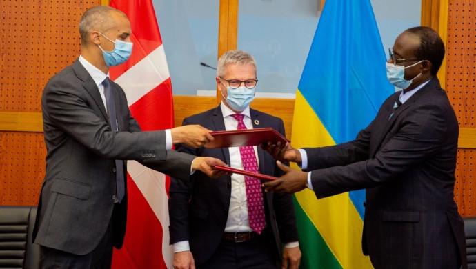 'Rwandasagen udstiller en S-regering på afveje'