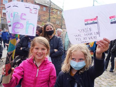 Demonstrationer viser solidaritet med flygtninge