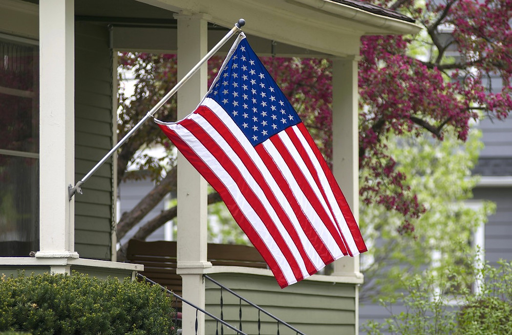 How to properly fly the American flag. | Fairway Mortgage Arizona