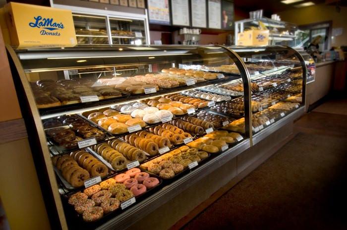 Best Donuts in Phoenix Ranking - Lamar's Donuts