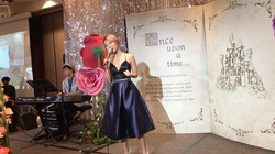 _kextay sang our Favourite Disney Hits this afternoon at the fairytale wedding lunch! Swipe to liste