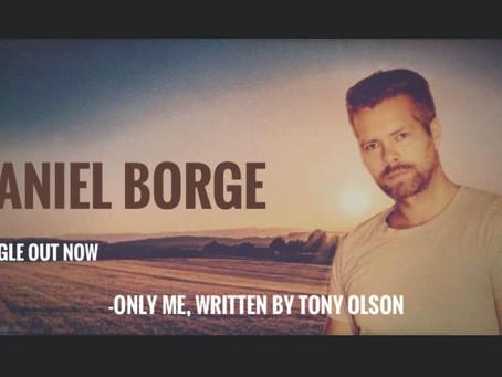 Møt Daniel Borge, - et nytt navn i Norsk countrymusikk.