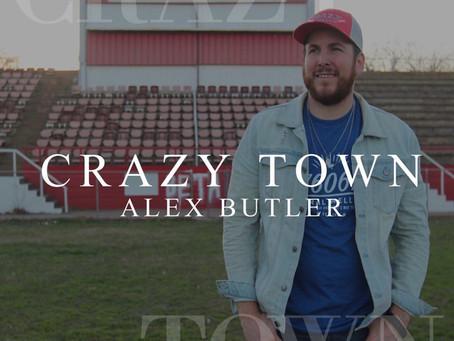"""Alex Butler (USA) slipper singelen """"Crazy Town"""" 6.mars. En låt ulikt noe han har levert før."""