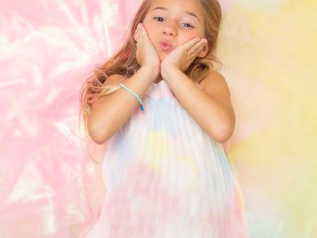 """Mandy Corrente La patilla Mandy lanza sencillo """"Cotton Candy"""" y video súper divertido"""