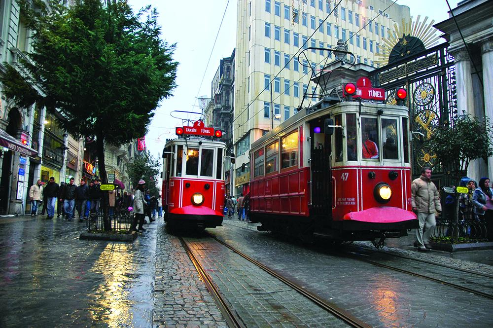 26-Beyoglu Trams.jpg