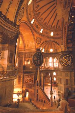 31-Hagia Sophia Inside.jpg