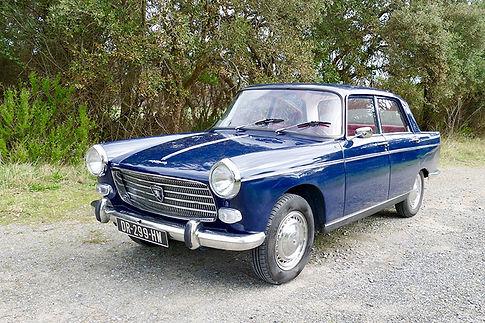 2.Peugeot-404-Classic-Cars-Location-Mari