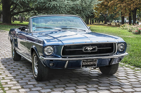 Ford Mustang Paris Retro Motors Collection