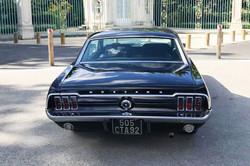 Mustang-noire-1