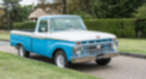 Ford F100 Retro Motors Collection