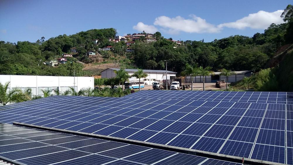 Sistema de Energia Solar instalado no Posto Scursel em Ibirama