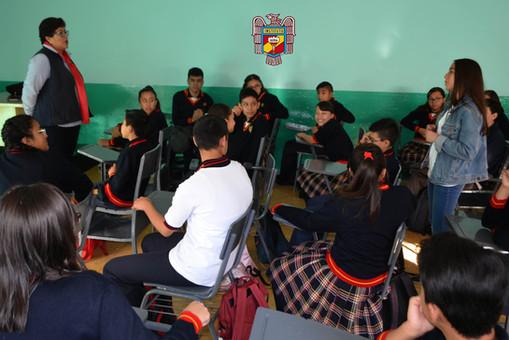 TOMANDO LAS PRIMERAS CLASES EN EL PRIMER DÍA