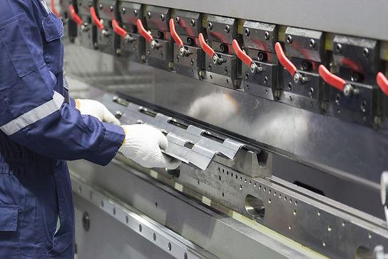 Blechbearbeitung Werkstatt
