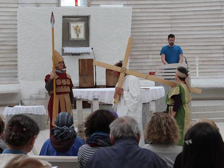 Krížová cesta s hnutím Viera a svetlo