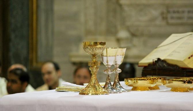 Eucharistické zázraky - povzbudenie pre neveriacich?