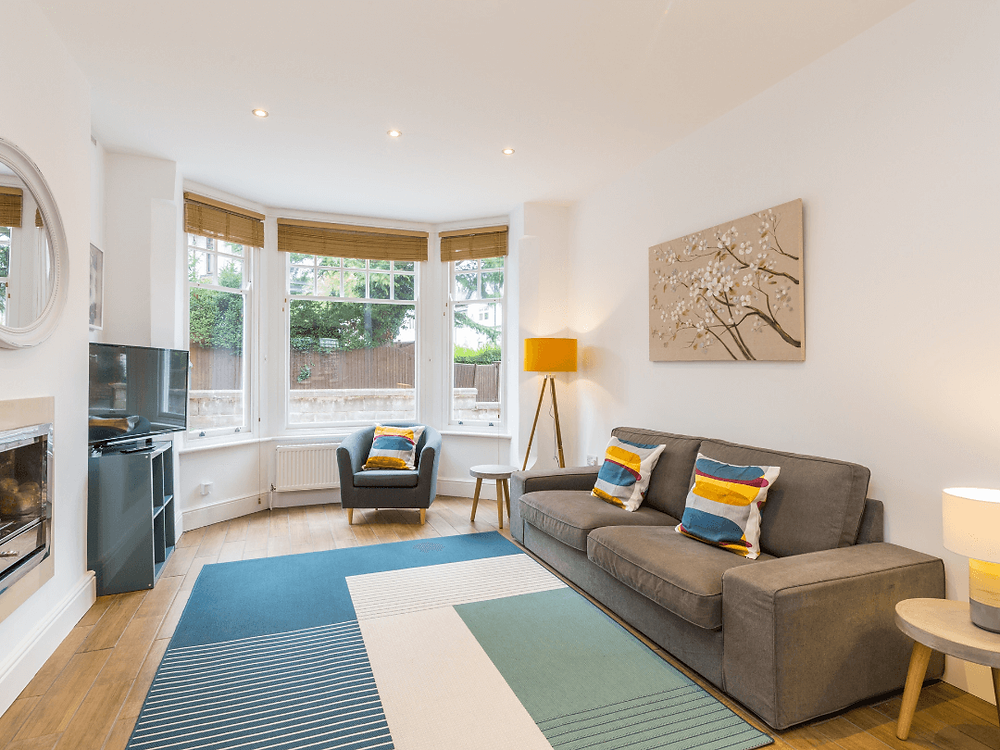 An image from the listing featured above. It's important to showcase your property using professional photography where possible.